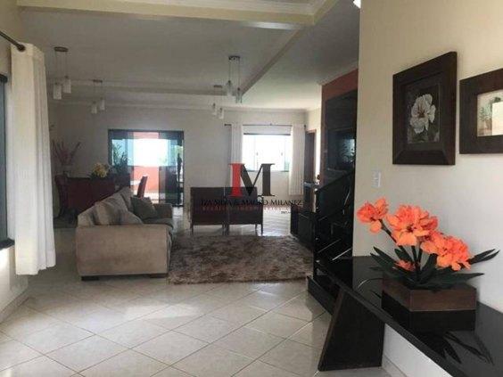 Vendemos casa com 3 quarto no Residencial Portal das Palmeiras