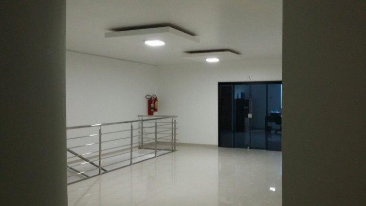 Sala para alugar na Carlos Gomes