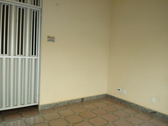 Excelente imóvel comercial/residencial na Calama, confiram!