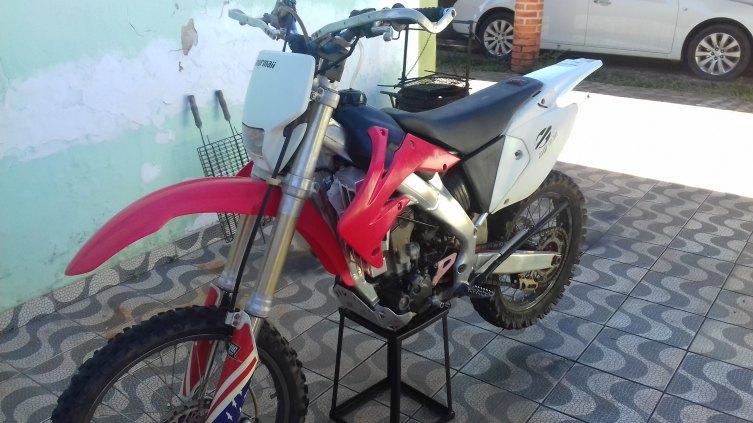 Honda crf 250x oficial ano 6/7