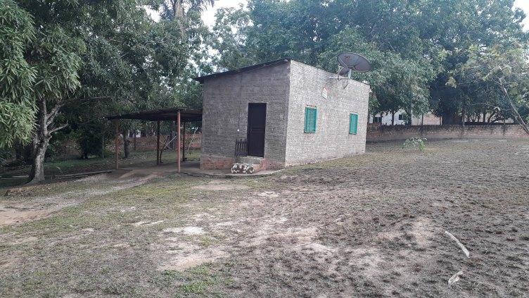 Terreno com Casa Aceita Carro como entrada