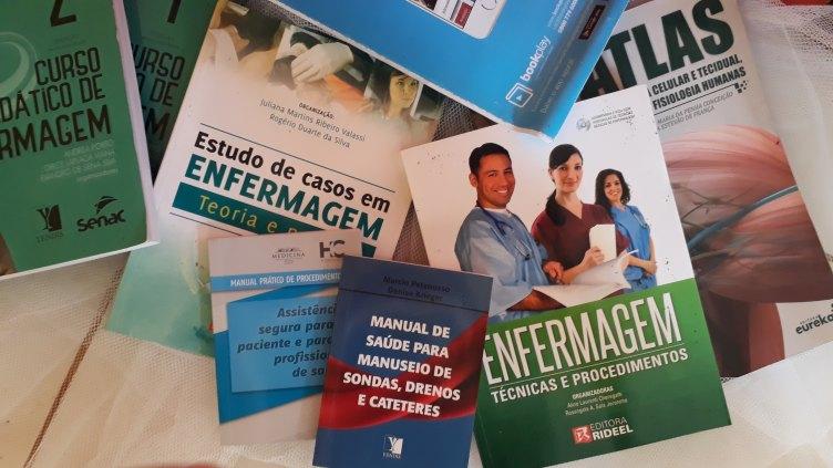 Kit de livros enfermagem novos