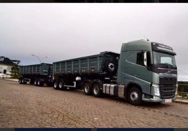 Caminhão Volvo FH 460