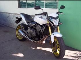 Hornet CB 600 Honda