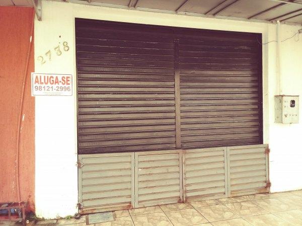 Sala comercial p/ locação na Rua Presidente Dutra.