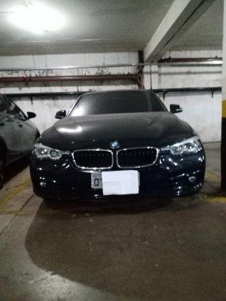 Vendo uma BMW 2018 /2019