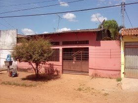 Casa 3 quartos - Bairro Lagoinha