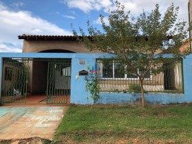 Vendemos apartamento com 3 dormitórios no bairro Rio Madeira