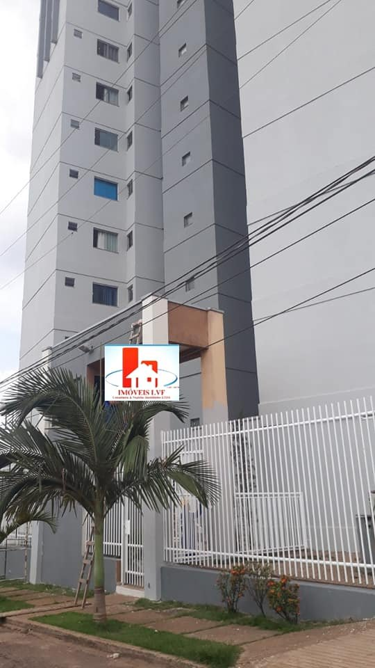 Lindo apto Cond. Vila Romana
