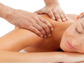 Massagem relaxante em casa