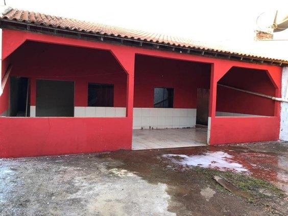 CASA 02 QUARTOS - BAIRRO TEIXEIRÃO