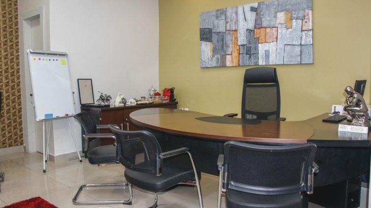 CS centro de serviços - Escritório Compartilhado Moderno e Funcional