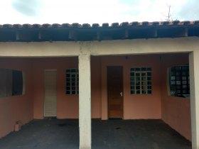 Casa c/ 3 quartos - Conjunto Vitória Régia