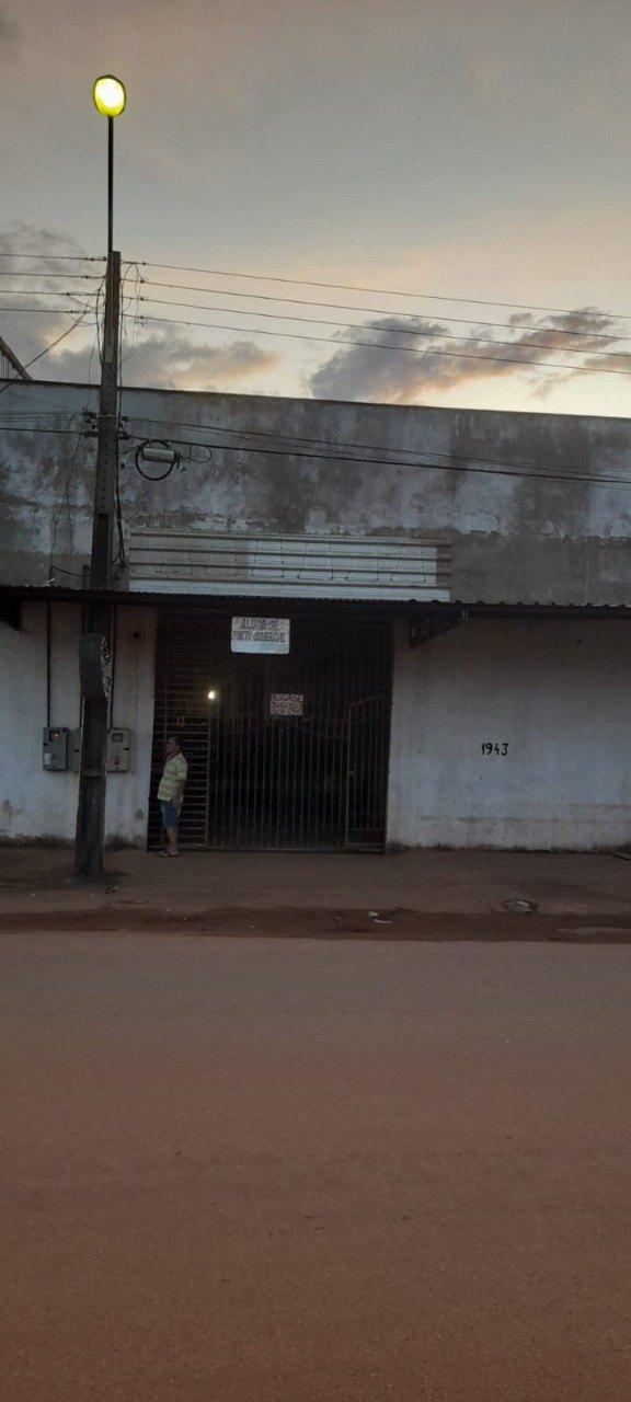 Vendo/Alugo Galpão Comercial na Av. José Amador dos Reis
