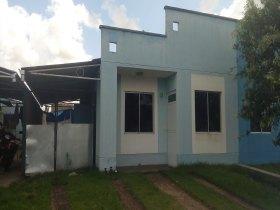 Alugo casa bairro novo cond hortencia