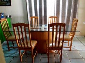 Vendo Conjunto Mesa de Vidro Completa com Cadeiras