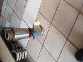 Bomba de poço artesiano trifasica 3/220 v 2 cv (2hp)