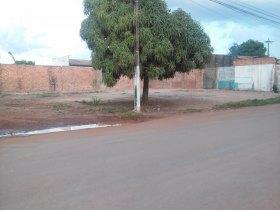 Terreno avenida Mamoré de esquina