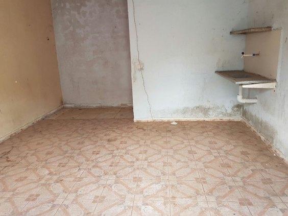Vende-se - Estancia com 7 apartamentos na Rua Uruguai