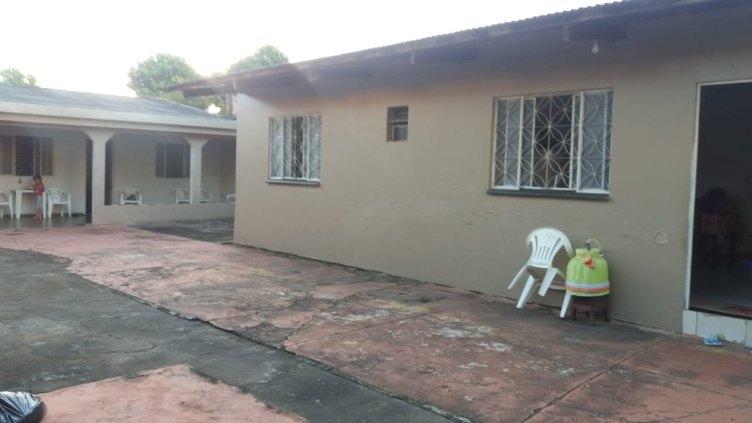 Casa bem Localizada. Próximo da avenida Amazonas e padaria Nordeste.