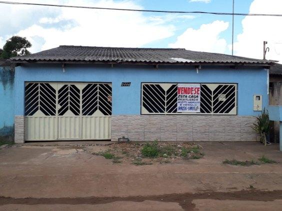 Casa no 3 Marias por 140 mil A vista