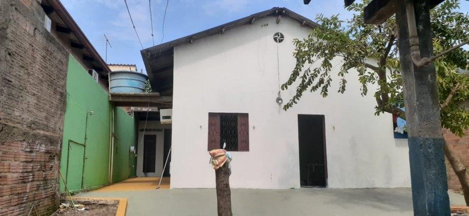 Casa escriturada excelente localização