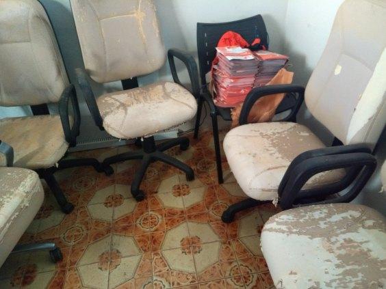 Vendo cadeira diretor