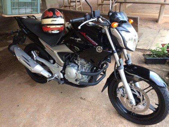 Moto Fazer 250cc, Blueflex, Ano 2013, Preta, Doc pago 2019, 14.650 Km,