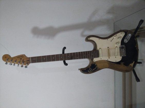 Guitarra Fender Modelo John Mayer