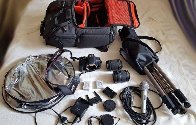 Câmera fotográfica c/ equipamento completo