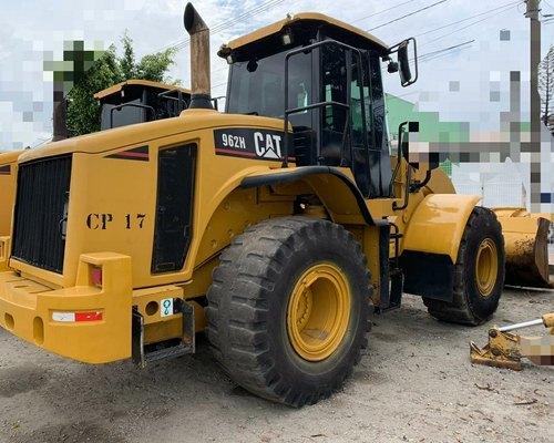 Pá carregadeira Caterpillar  962H cat muito boa