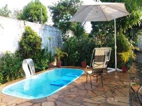 Excelente Casa  com piscina, confiram!