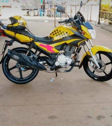 Negócio concessão de moto táxi com moto ano 16/17