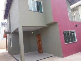 Ótima Casa Com 3 Quartos Para Locação