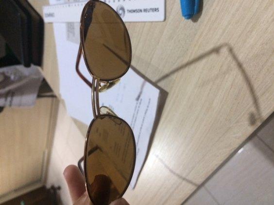 Oculos Ray ban femenino estilo gatinha semi novo