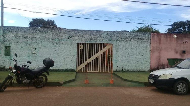 Casa à venda no bairro Tiradentes