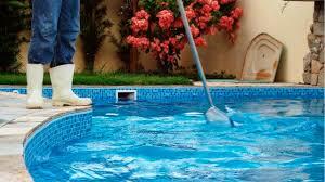 limpeza de piscina e manutencao