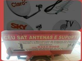 Técnico em instalação de antenas.