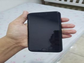 Iphone 7 preto fosco 128GB