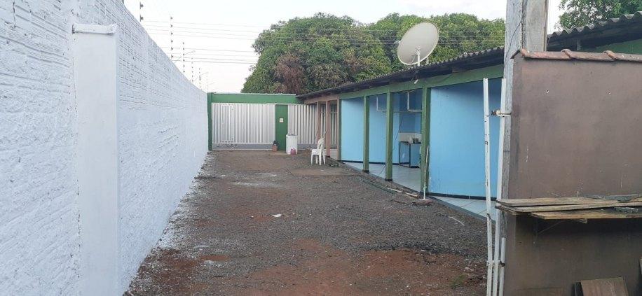 VILA DE APARTAMENTO +CASA